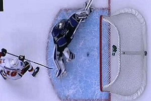 Amazing Hockey Save Appears to Be Made By Ghost [VIDEO]
