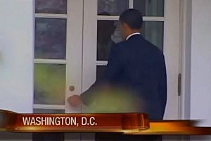 President Obama Gets Locked Out of White House [VIDEO]