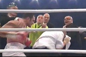 Boxer Throws Punches at Referee [VIDEO]