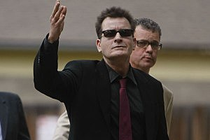 Charlie Sheen Tour Earns Boos, Walkouts From Detroit Audience