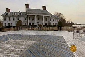 'Great Gatsby' House Torn Down [VIDEO]