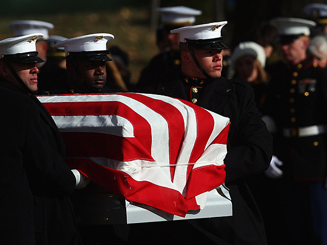 Families of Military Suicide Victims Will Now Receive Presidential Condolences